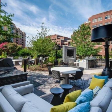Expansive Grounds | Apartments In Alexandria VA | Meridian at Braddock Station