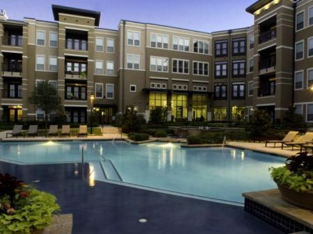 Poolside at Fort Worth Texas Apartments