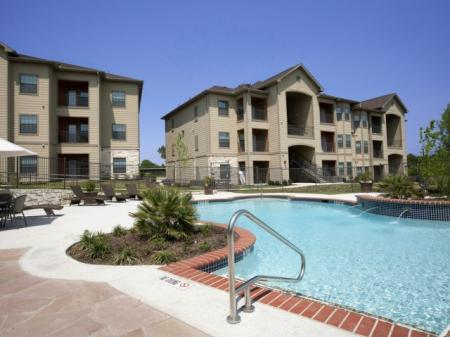 Sparkling Pool | Apartments for rent in San Antonio , TX | Carmel Canyon at Alamo Ranch