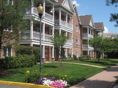 Apartments for rent in Edgewater, NJ | Mariner's Landing Apartments