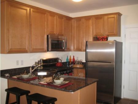 Modern Kitchen | Edgewater NJ Apartment For Rent | Mariner's Landing Apartments