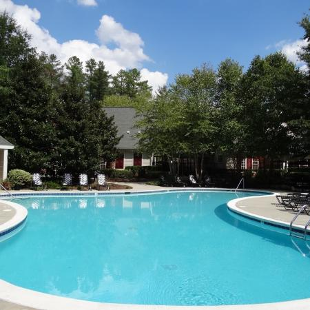 Swimming Pool | Apartment Homes in Raleigh, NC | Inman Park Apartments