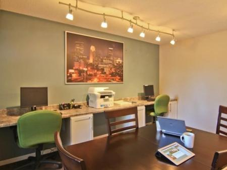 Resident Business Center | St Louis Park MN Apartment For Rent | Cityscape