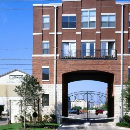 Apartments Dallas, TX | 5225 Maple Avenue Apartments