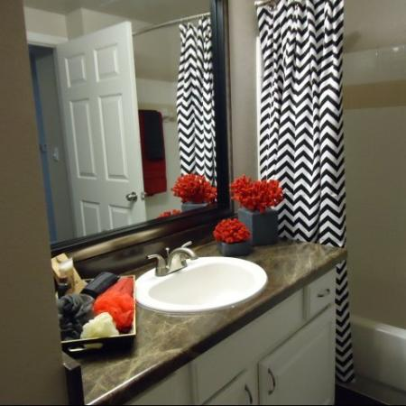 Spacious Master Bathroom | Apartments Homes for rent in Dallas, TX | Metropolitan at Cityplace