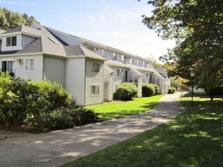 Lowell MA Apartment For Rent | Cabot Crossing Apartments