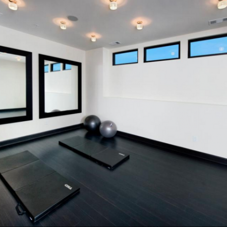 Resident Yoga Studio | Apartments in Atlanta, GA | Elle of Buckhead