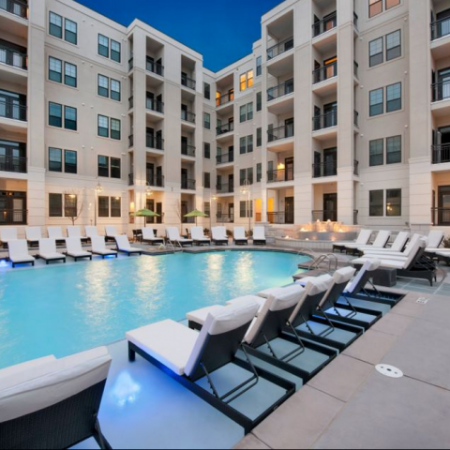 Atlanta GA Apartments For Rent | Elle of Buckhead