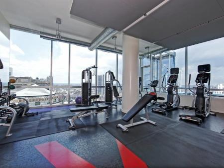 24-hour Fitness Center | Chicago IL Apartments | EnV Chicago