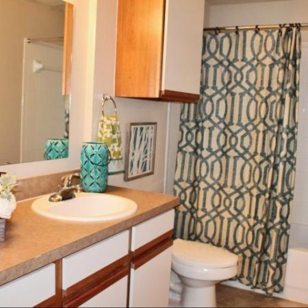 Northwest San Antonio Luxury Apartments Westpond Apartments Bathroom Garden Tub Shower