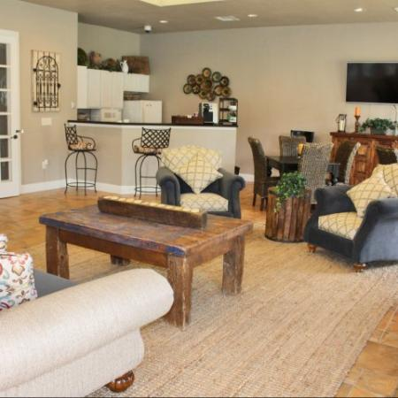 Northwest San Antonio Luxury Apartments Westpond Apartments Spacious Open Floorplans Clubroom Bar Media Center Lobby