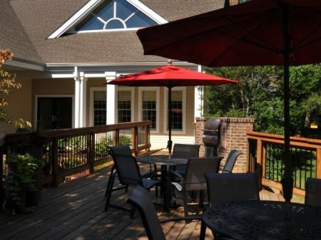 Resident Sun Deck | Centreville VA Apartment For Rent | Bent Tree