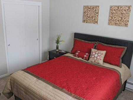 Spacious Bedroom | Lowell MA Apartment Homes | Cabot Crossing Apartments