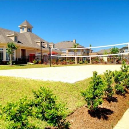 Volleyball Court Longleaf Pines Apartments in Mobile