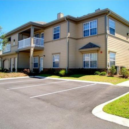Exteriors Longleaf Pines Apartments in Mobile
