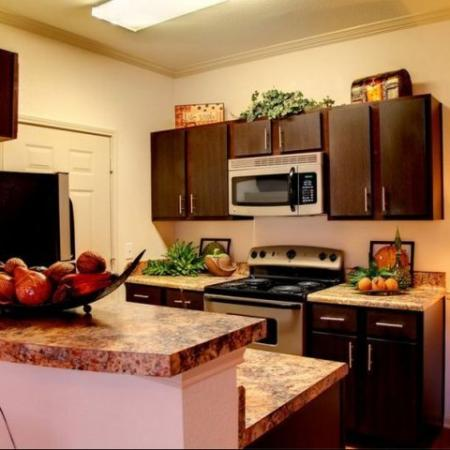 Kitchen Longleaf Pines Apartments in Mobile