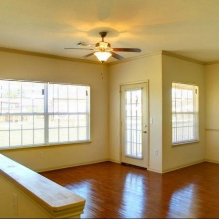 Interior View Longleaf Pines Apartments in Mobile