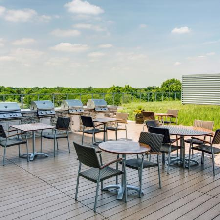 Roof deck with grilling stations, a sun deck and green roof