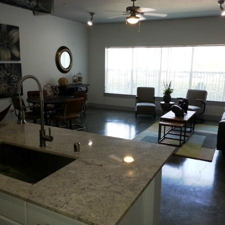 State-of-the-Art Kitchen | Dallas TX Apartment Homes | 5225 Maple Avenue Apartments