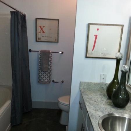 Luxurious Living Area | Apartment in Dallas, TX | 5225 Maple Avenue Apartments