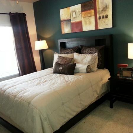 Luxurious Master Bedroom | Apartment in Dallas, TX | 5225 Maple Avenue Apartments