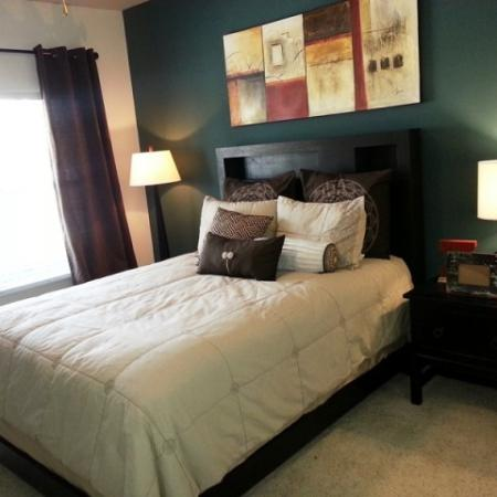 Luxurious Master Bedroom | Apartment in Dallas, TX | 5225 Maple Avenue Apartments