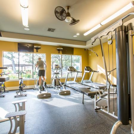 24hr Fitness Center with Cardio Machines