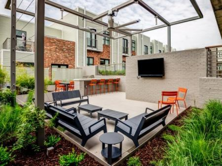 Community Courtyard | Nashville Apartment | 2100 Acklen Flats