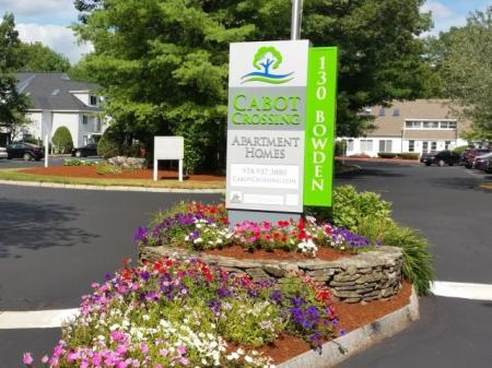 Apartment Homes in Lowell, MA | Cabot Crossing Apartments