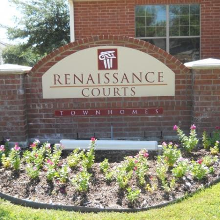 Renaissance Courts | 1, 2, and 3 Bedroom Townhomes for Rent in Denton Texas | Apartments in Denton Texas