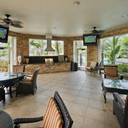 Elegant Resident Club House | Apt In Tampa FL | The Lodge at Lakecrest