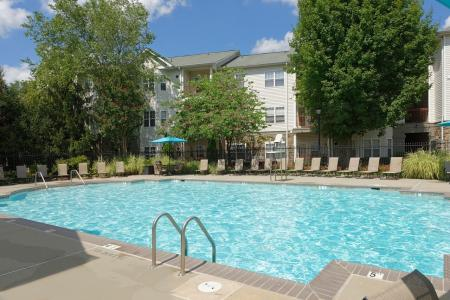 Swimming Pool | Apartment Homes in Fairfax, VA | Lincoln at Fair Oaks Apartments