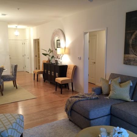 Spacious Living Room | Apartments In Bound Brook NJ | Queens Gate