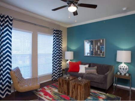 Palencia Apartments | One Bedroom for Rent | Apartments Dallas, TX