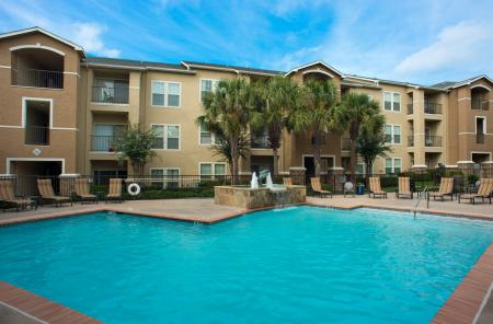 Palencia Apartments | Refreshing Pool | Apartments Dallas, TX