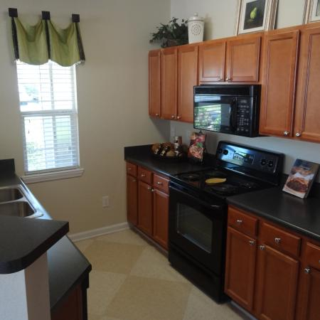 Spacious Dining Room | Apartment in Knightdale, NC | Greystone at Widewaters