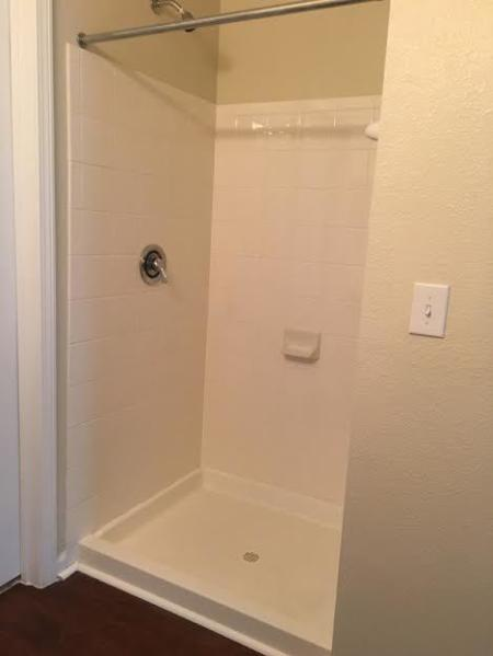 Elegant Master Bathroom | Apartments Knightdale, NC | Greystone at Widewaters