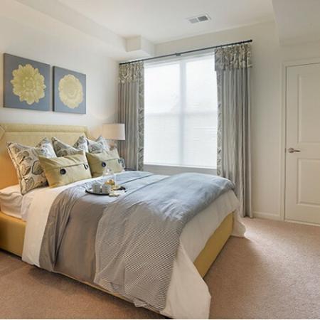 Elegant Master Bedroom | Apartments In Edison NJ | Queens Gate