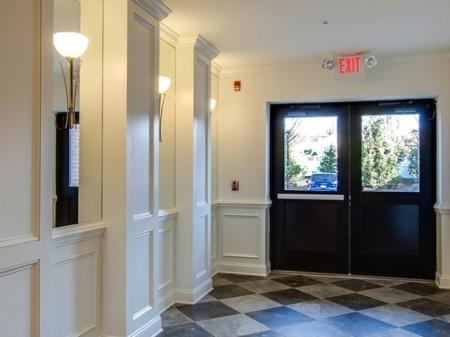 Edison NJ Apartments | Queens Gate