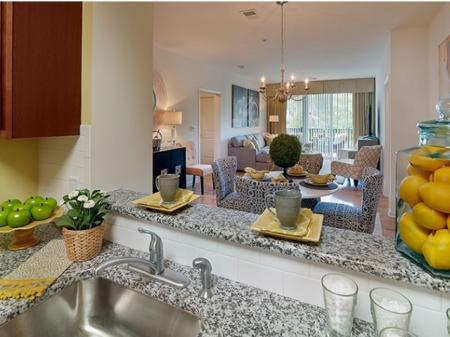 Modern Kitchen | Apartments Near Edison NJ | Queens Gate