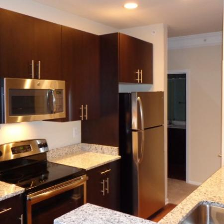 Elegant Kitchen | Apartments in Fairfax, VA | Lincoln at Fair Oaks Apartments