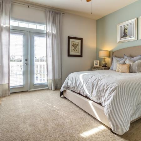 Elegant Bedroom | Apartment In Tampa FL | The Lodge at Lakecrest