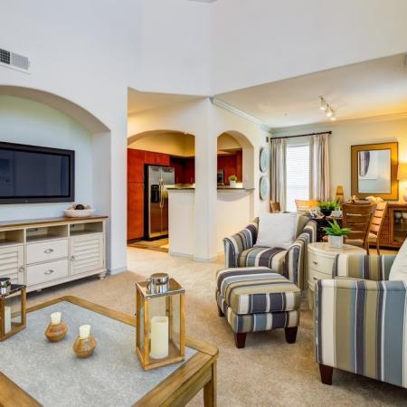 Elegant Living Room   Apt For Rent In Tampa FL   The Lodge at Lakecrest