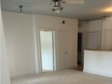 Spacious Dining Room   Apartment in Dallas, TX   5225 Maple Avenue Apartments