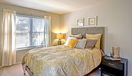 Spacious Master Bedroom | Apartments Homes for rent in Centreville, VA | Bent Tree