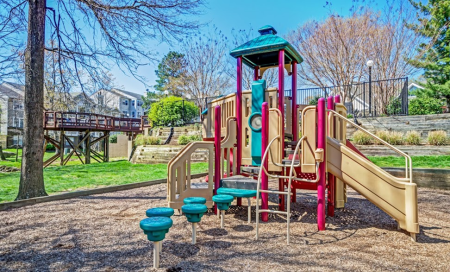 Community Children's Playground | Apartment Homes in Centreville, VA | Bent Tree