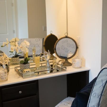 Elegant Bathroom | Apartments In Bound Brook NJ | Queens Gate