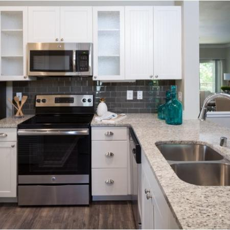 State-of-the-Art Kitchen | Apartments In Dallas | Grapevine Twenty Four 99 Apartments