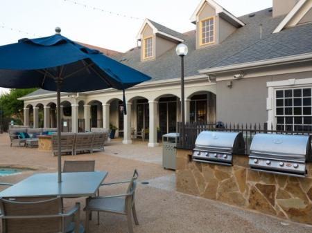 Community BBQ Grills | Apartments Dallas Tx | Grapevine Twenty Four 99 Apartments