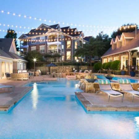 Sparkling Pool | Apartments In Grapevine TX | Grapevine Twenty Four 99 Apartments